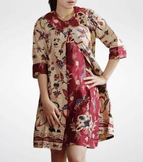 Desain baju batik santai lengan panjang wanita modern