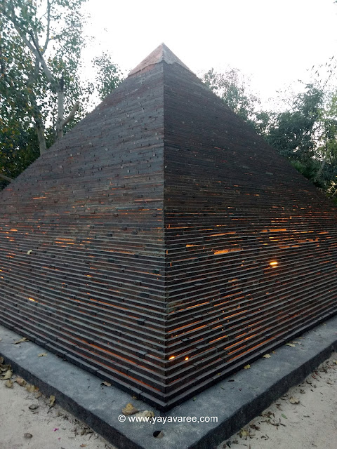 The Great Pyramid of Giza at Waste to wonder park in delhi