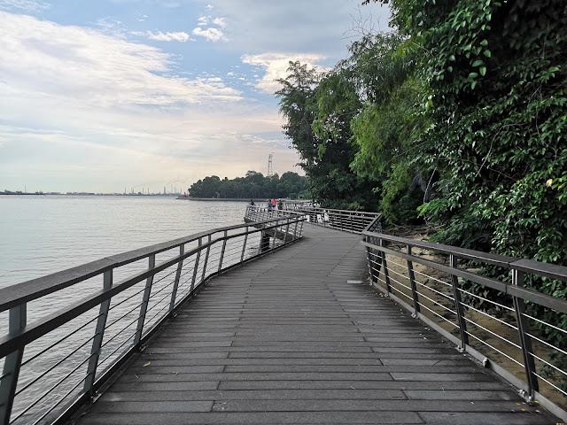 长长的步道,轻松探索自然保护区