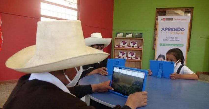 MINEDU inició en Cajamarca la distribución de más de un millón de tablets