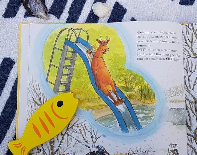 Mama Muh und die Küstenkinder spielen Sommer: Kinderbuch-Rezension und unsere Top 5 Ideen, um den Sommer ins Haus zu holen. Die lustige Kuh nimmt die Kinder in diesem Buch mit in den Sommer.
