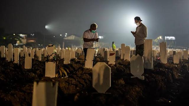 Kematian Akibat Covid-19 di RI Aslinya 5 Kali Lipat Angka Resmi?