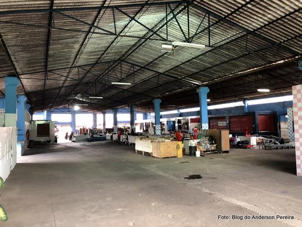Mercado Público de Goiana abandonado pela gestão municipal