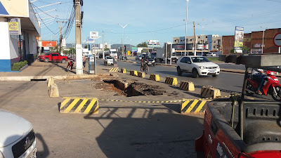 Principal via de acesso ao bairro Jardim Ouro Branco em Barreiras está interditada para obras