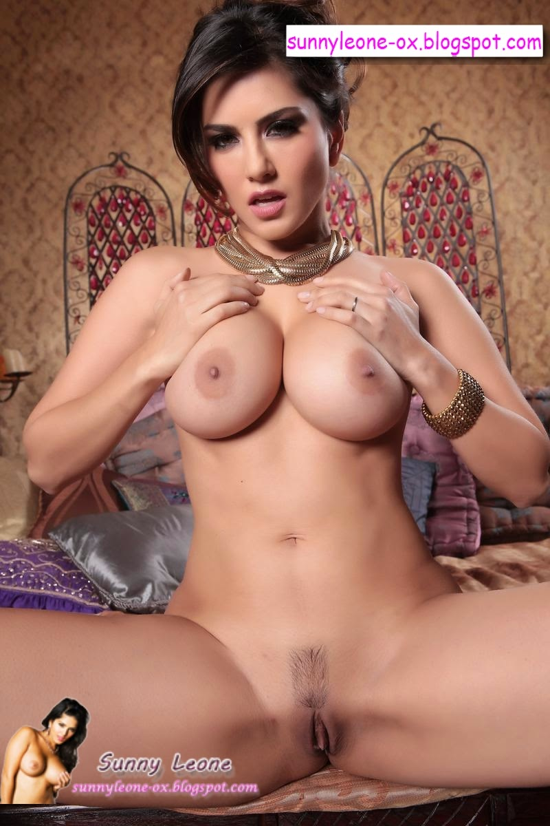 Sunny leone open boobs-7079