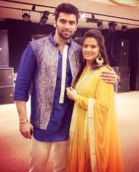 Kratika Sengar Biography Age Height, Profile, Family, Husband, Son, Daughter, Father, Mother, Children, Biodata, Marriage Photos.
