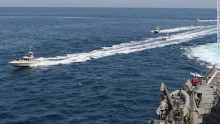 Kapal Perang Amerika Serikat Dibayangi Kapal Iran