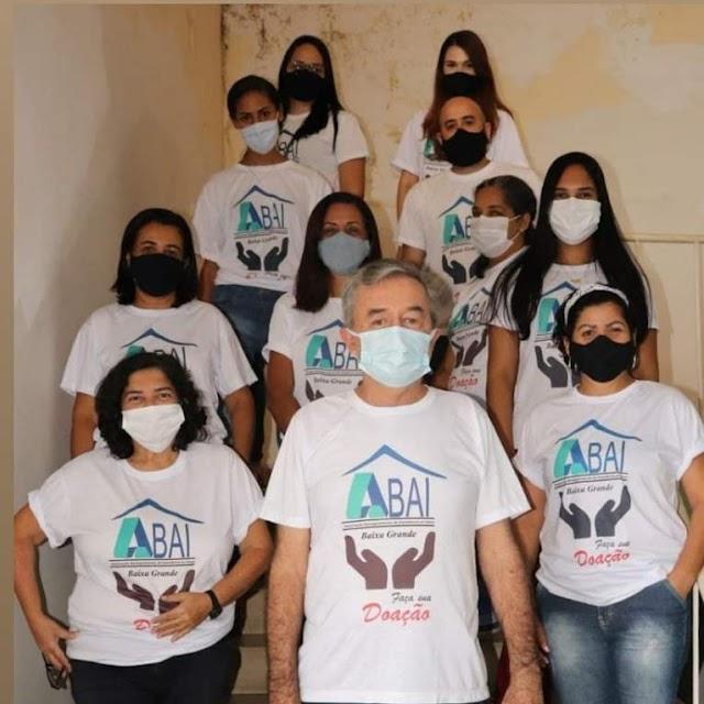 Prefeito de Baixa Grande Gilvan Rios, compartilhou sua alegria , ao aderir junto com funcionários da prefeitura campanha em favor da ( ABAI)