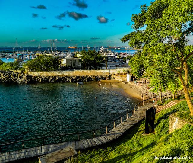 Praia da Preguiça e Parque das Esculturas do Solar do Unhão, em Salvador