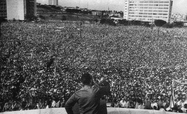 Ο Φιντέλ, η Κούβα, η Επανάσταση, η Αξιοπρέπεια