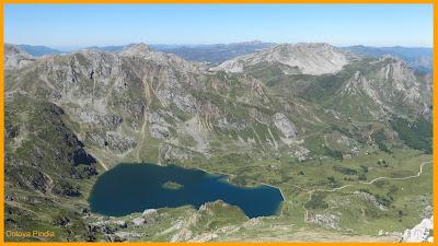 Vistas del lago del Valle desde el Pico Albo.