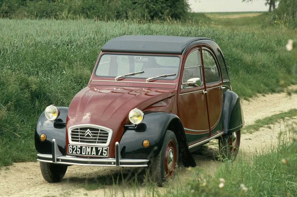 net cars show citro n 2cv 1948 90. Black Bedroom Furniture Sets. Home Design Ideas