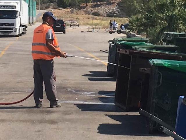 Καθαρισμός των κάδων απορριμμάτων στην Ερμιονίδα