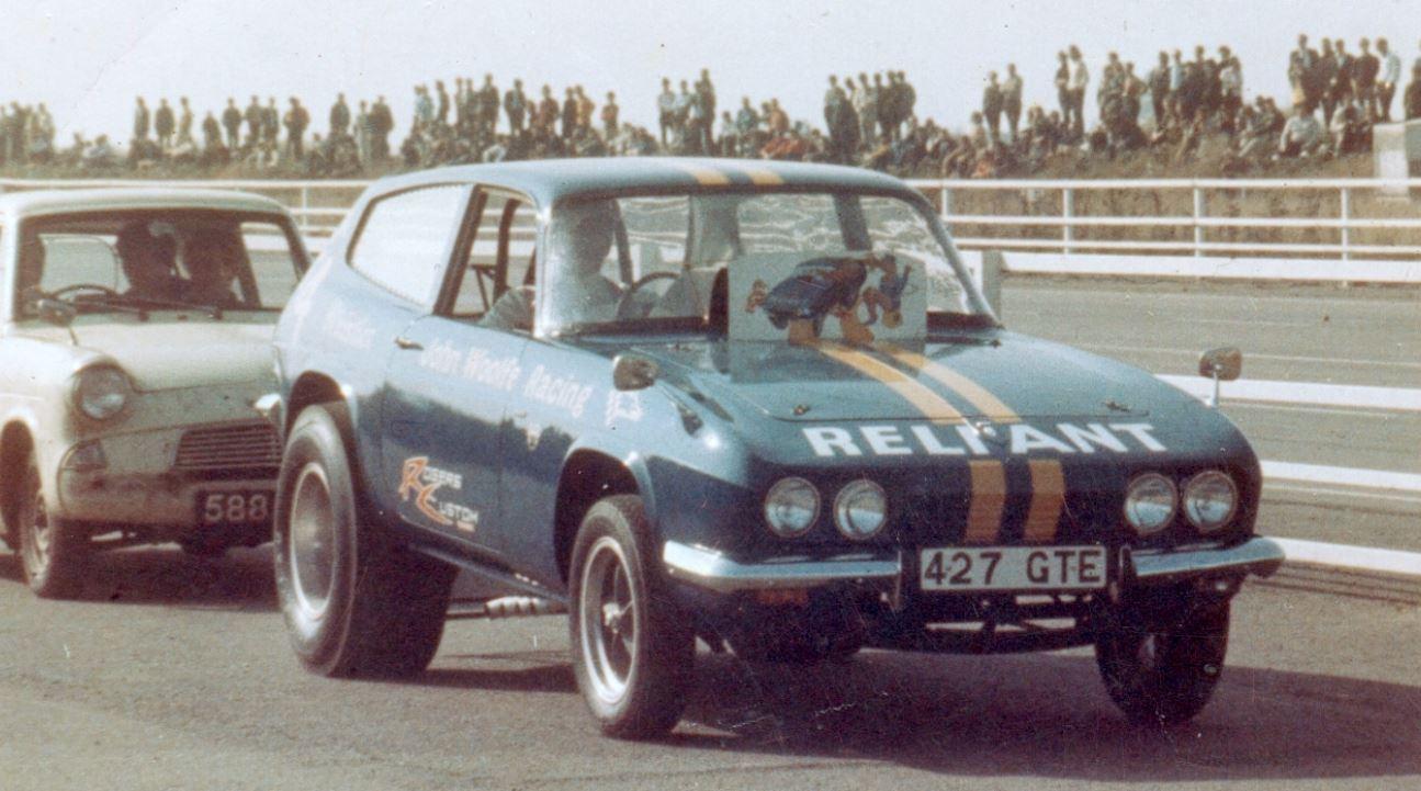 Just A Car Guy: Racing a Scimitar with a fiberglass body