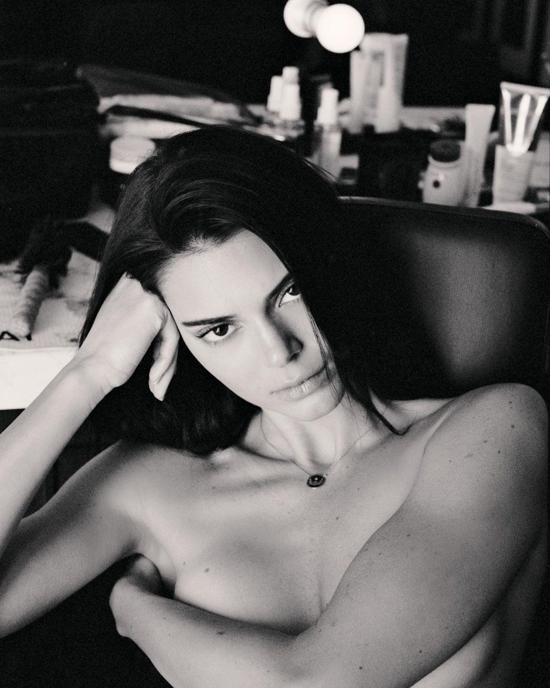 Kendall Jenner poses nude for Mert Alas