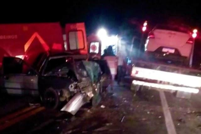 Casal morre após colisão frontal entre carros na BR-030 em Caetité