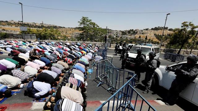 Akhirnya Israel Menyerah !! Al-Aqsho Kembali di Buka Untuk Sholat