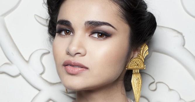 MAC Cosmetics Delhi Couture Week 2013