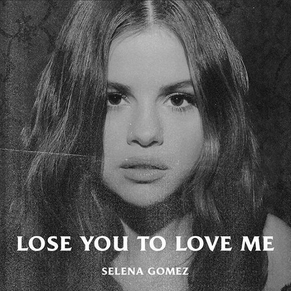 Selena Gomez đầy gợi cảm với trang phục suit đen sau khi phát hành ca khúc ám chỉ Justin Bieber 4