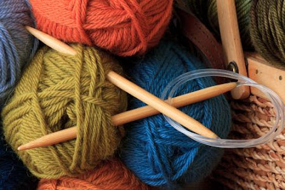 Pros and Cons Knitting vs Crochet