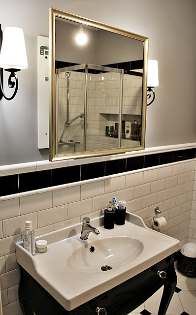 ruchome lustro łazienkowe