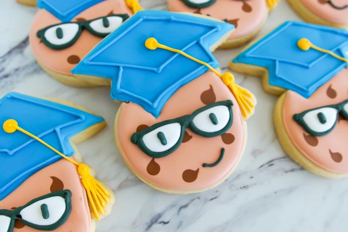 One Smart Cookie Graduation Cookies ♥ bakeat350.net