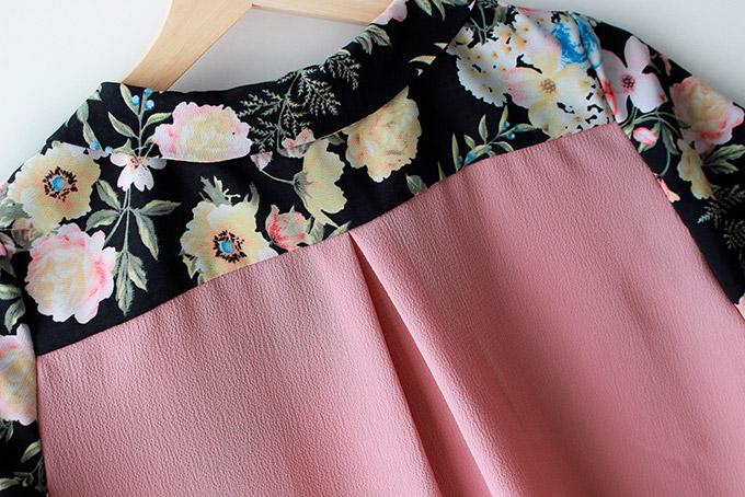 como-coser-una-camisa-facil-pliegue-espalda