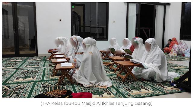 TPA Kelas Ibu-Ibu Masjid Al Ikhlas Gasang