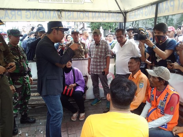 Pergoki Juru Parkir Nakal, Ridwan Kamil Ngamuk