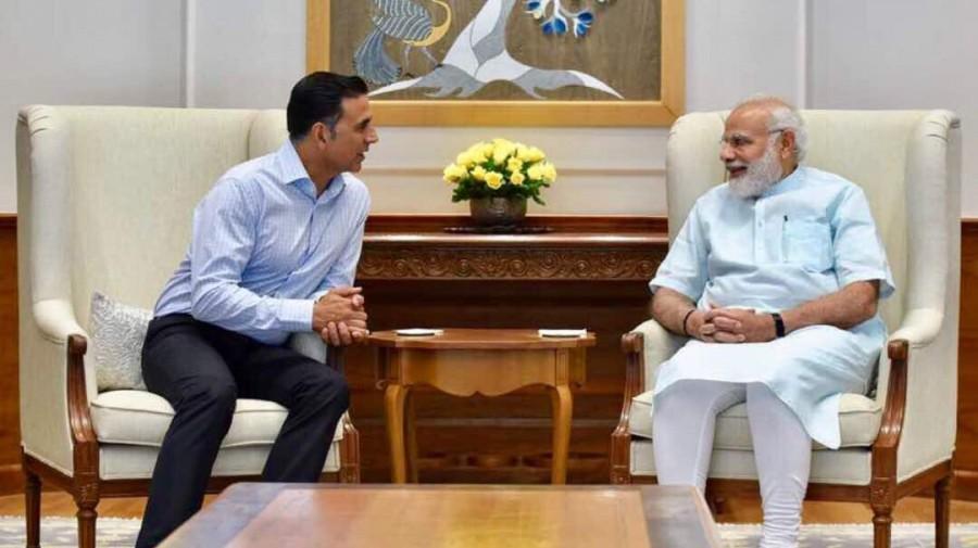 Akshay Kumar Meets Narendra Modi for discusses 'Toilet: Ek Prem Katha'