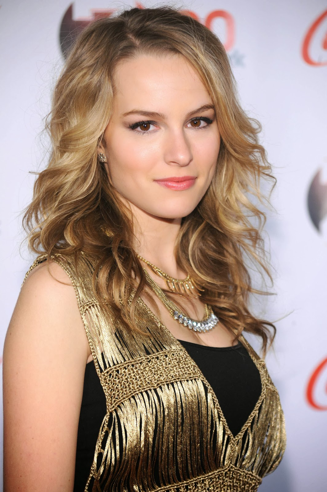Bridgit Mendler Nude Photos 16