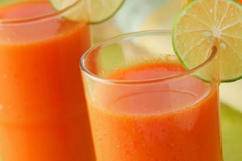 Jus Mix Wortel Semangka Jeruk Madu yang Segar dan Sehat Untuk Buka Puasa