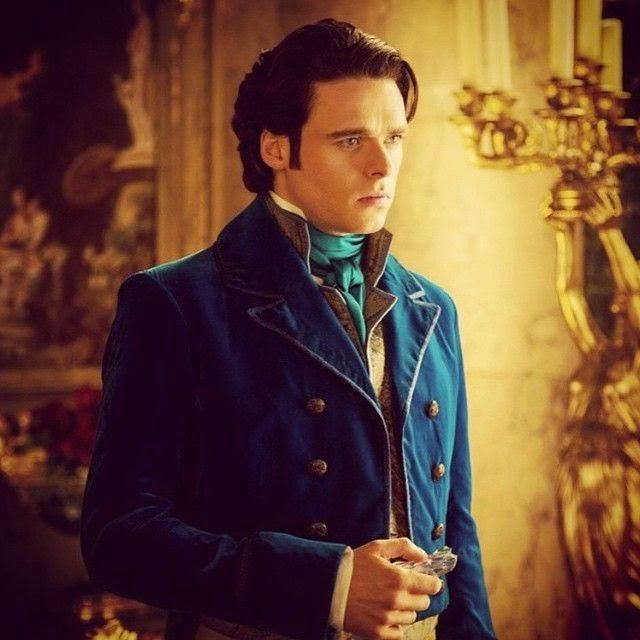 Principe Kit cena em busca de Cinderalla casaco azul figurino