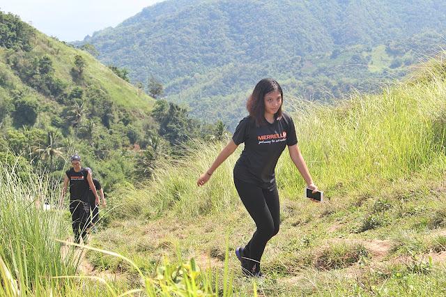 Jemille Carolino  hiking at Gulugud Baboy