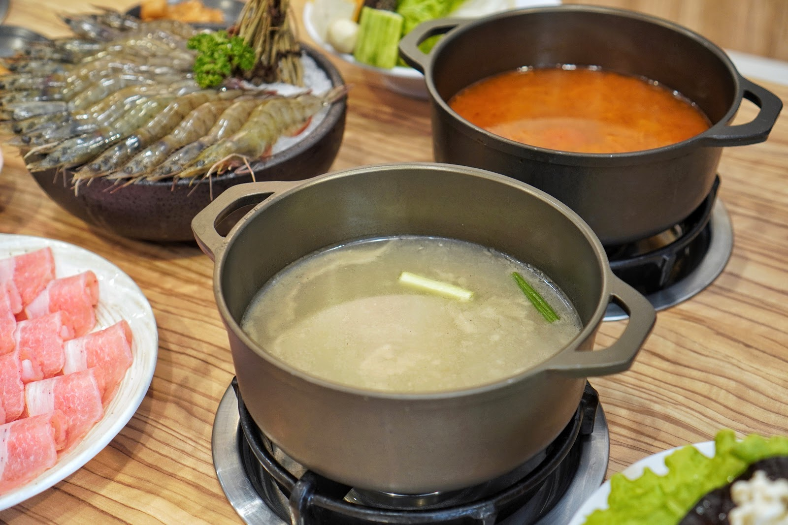台南中西區美食【小蔡什鍋】餐點介紹 胡椒蝦霸鍋