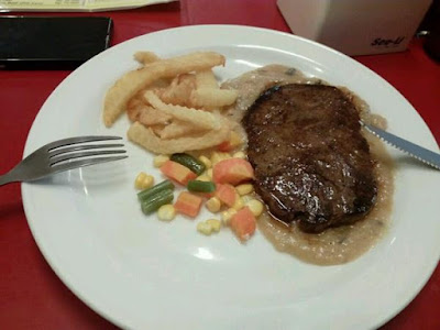 Steak enak di Bandung