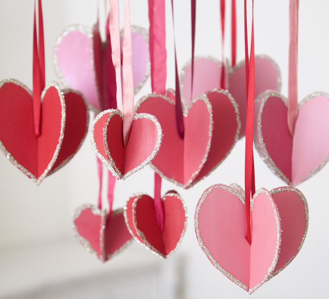 """Hearts-and-Crafts"" for Valentine's Day; hanging hearts with glitter; Nora's Nest"