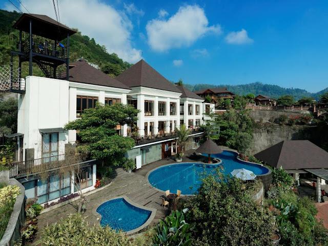 Hotel Jambuluwuk Batu Malang