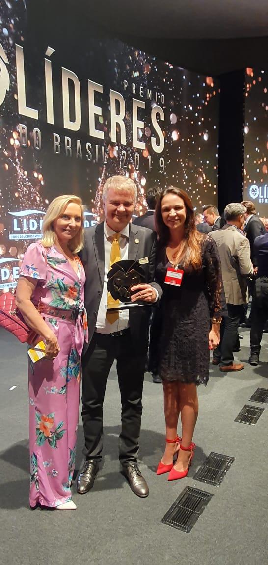 Loja Lebes recebe prêmio Líderes do Brasil 2019