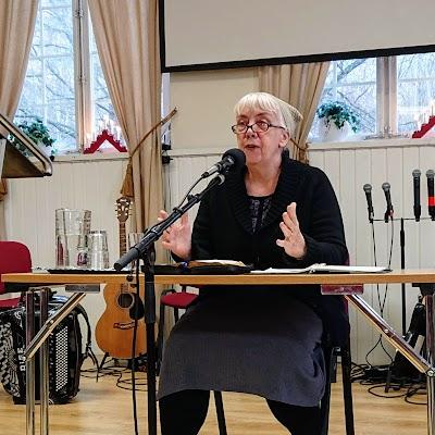 tisdag 11 december 2018 kl 12, Gertrud Johansson: Vad säger Guds ord om familjen?
