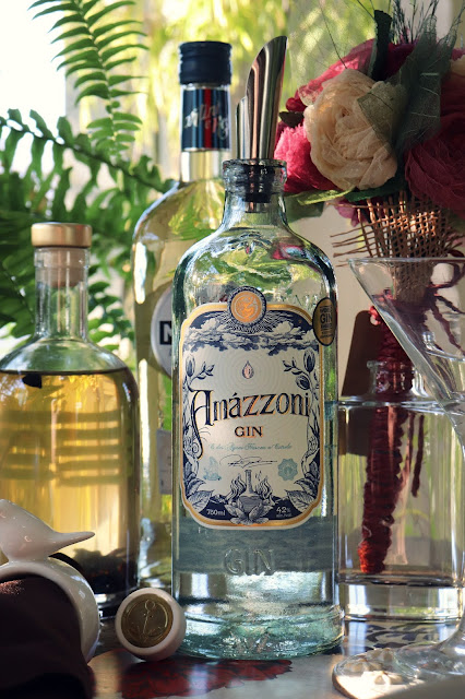 "Drinks originais com Amázzoni Gin - ""Coffee & Silk"""