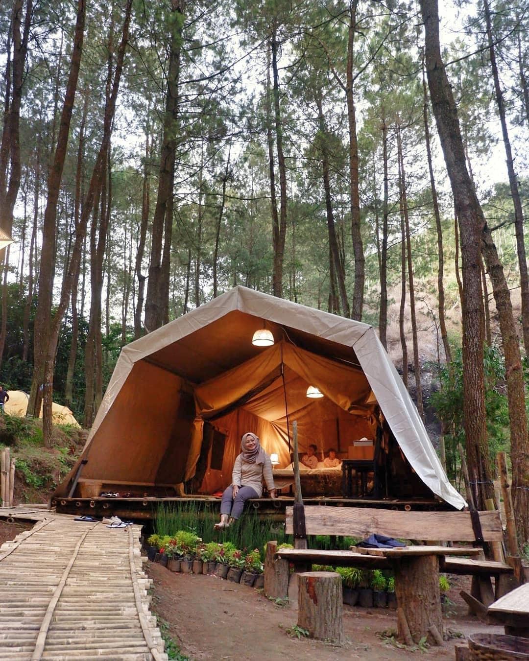 DeLoano Glamorous Camping
