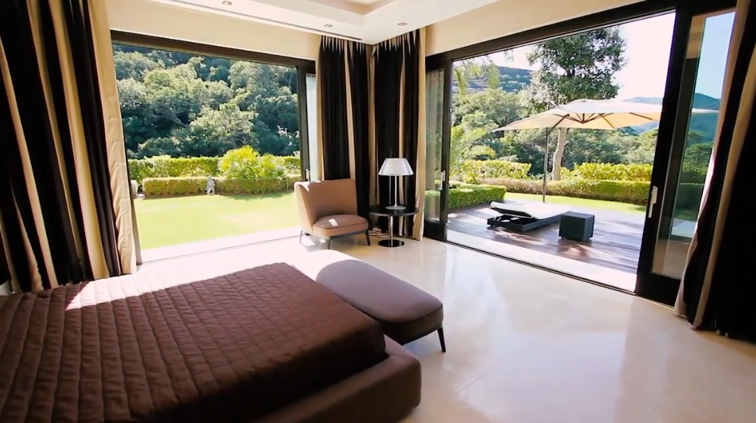 28 Interior Design Photos vs. La Zagaleta, Benahavis Luxury Villa Tour