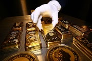 Why Is Central Banks Buying GOLD Around The World When There Is A Recession?