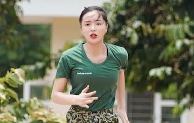 """Thế nhưng khoảng 2 năm trở lại đây, người đẹp gốc Nam Định đã giữ hình ảnh của mình """"sạch"""" hơn rất nhiều."""