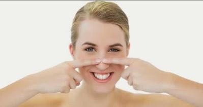 Langkah Hilangkan Komedo di Hidung