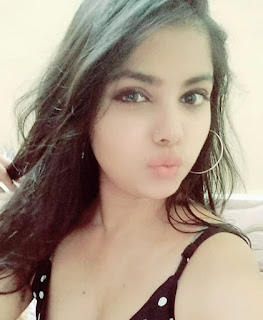 Indian Hottest Girl images   Hot Girl Pics Navel Queens