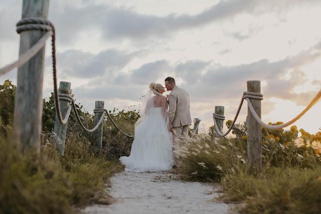 Tween Waters Wedding | Captiva Island Photographer