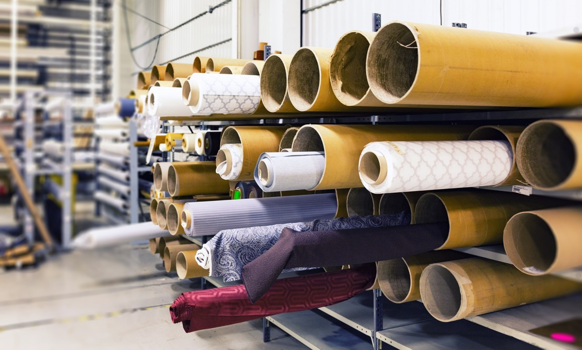 industri tekstil salah satu penyerap tenaga kerja terbanyak