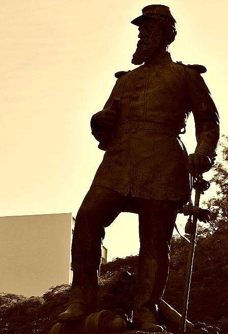 Estátua do Coronel Fernando Machado, Florianópolis